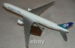 1/100 Scale PacMin Air New Zealand Boeing 777-300ER Desktop Model Plane RARE