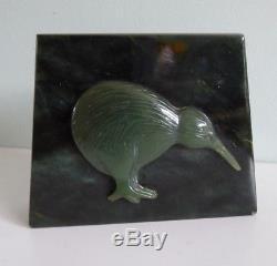 A New Zealand Maori Jade Greenstone Paperweight Kiwi Bird Vintage Large NZ