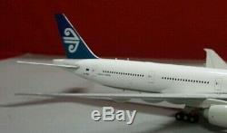 Air New Zealand Boeing 777-319 ER 1/200 DIECAST MODEL
