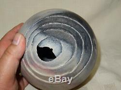Collectable RAY ROGERS New Zealand Studio Pottery Raku Fired Spherical Vase