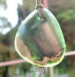 Gem Grade Dallas Crombie Nz Tangiwai Pounamu Greenstone Maori Pebble Pendant