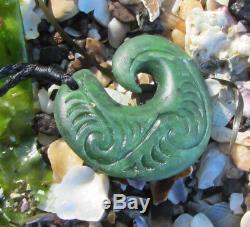 Hand Carved Nz Greenstone Pounamu Nephrite Jade Engraved Maori Hei Matau Hook
