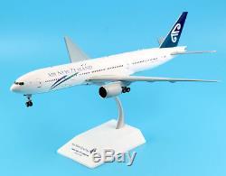 JC Wings 1200 XX2148 Air New Zealand Boeing 777-200ER Diecast Model ZK-OKA