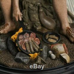 LOTR Weta Samwise Gamgee Miniature Statue Frodo Baggins Hobbiton Fellowship