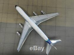 McDonnell Douglas DC-8 ZK-NZF Air New Zealand 1/200 scale Aero Classics model