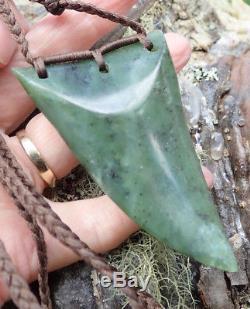 One Of Kind Te Kaha New Zealand Nephrite Jade Maori Pounamu Rei Niho Shark Tooth