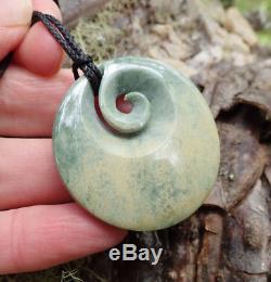 Rare New Zealand Greenstone Pounamu Nephrite Flower Jade Maori Koru Disk Pendant