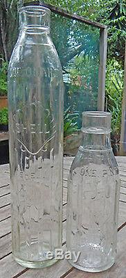 Royal Dutch Shell OIL NEW ZEALAND used One PINT OIL BOTTLE Circa 1940's ANTIQUE