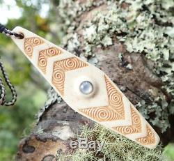 Superb Hand Carved Nz Maori Koru Engraved Inlaid Cattle Bone Pendant