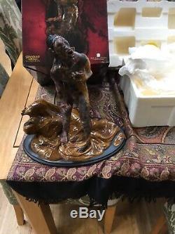 The Lord of the rings weta sideshow statues. Rare NEWBORN URUK-HAI 396/500 New
