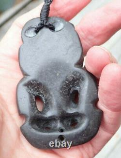Traditional Hand Carved One Of Kind New Zealand Basalt Red Eyed Maori Hei Tiki