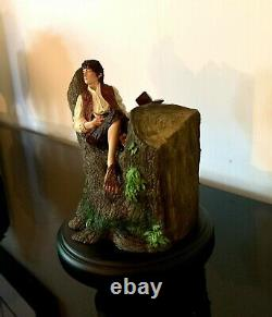 Weta FRODO BAGGINS In the tree Miniature Figure Lotr Hobbit