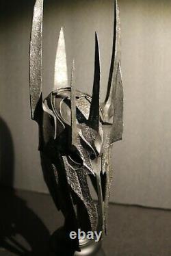 Weta Sauron helm